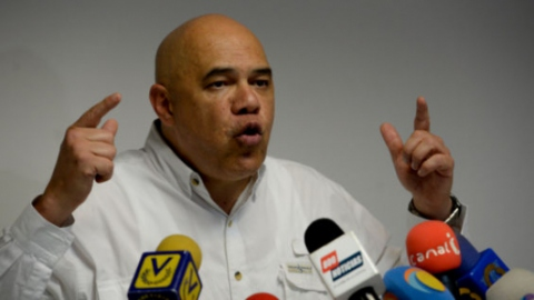 MUD opposition spokesperson Jesús Torrealba (AFP).
