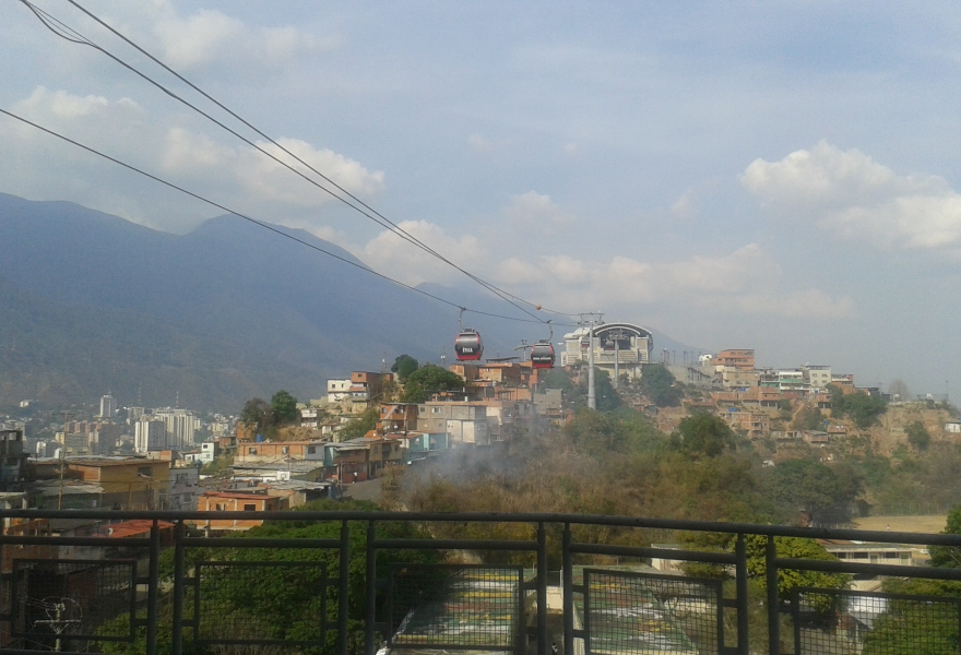 Cable car in the popular neighbourhood of San Agustín (Ricardo Vaz)