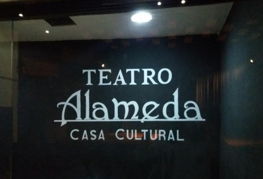 The Alameda Theatre was recovered in 2004 and put back on its feet by militant work. (Ricardo Vaz)