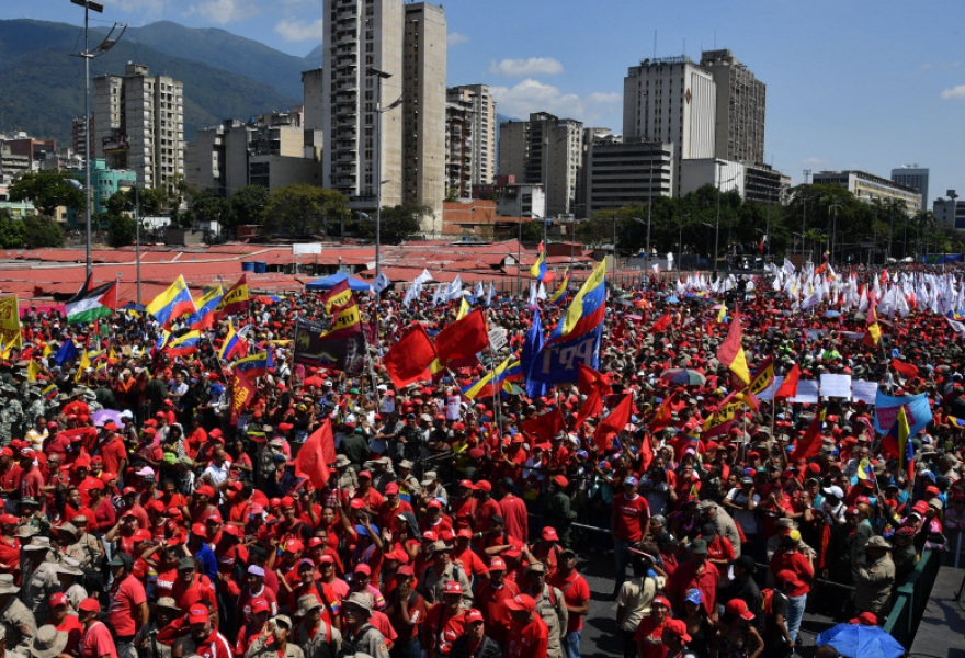 The pro-government march filled Caracas' largest avenue, Bolivar Avenue (Yuri Cortez / Getty Images)