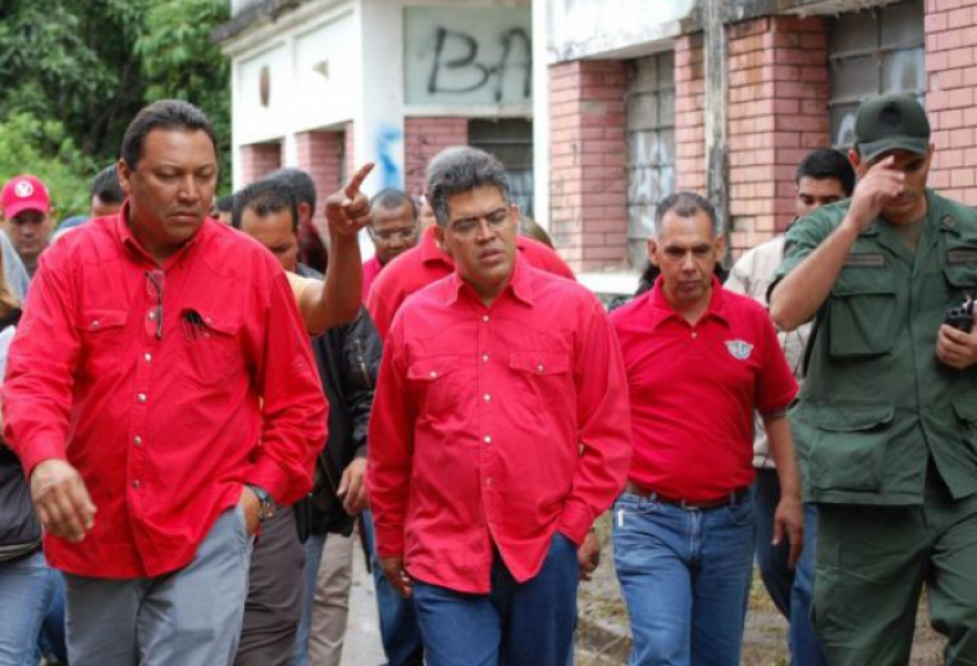 Venezuelan Government Nationalizes Transport and Textile