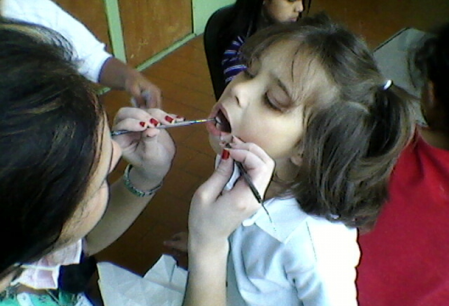 Alternative school students go to the dentist (Cayapa)