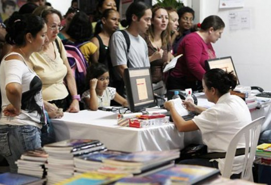 A school fair, where stationary and other school needs are sold by the government at up to 60% discounts (Edixon Gamez)