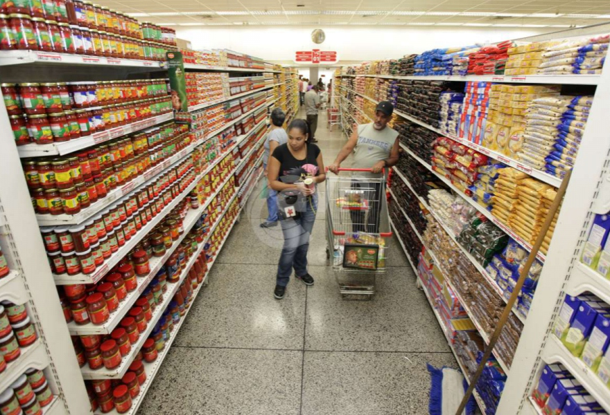 Officials affirm that they are overcoming food shortages in Venezuela (AVN)