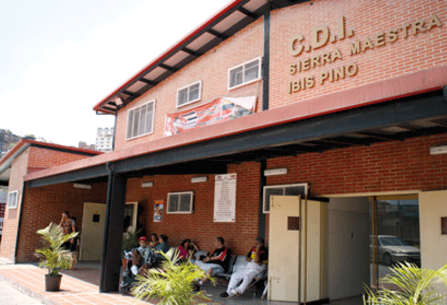 A Comprehensive Diagnostic Centre (CDI), a high technology clinic of the Barrio Adentro network in the 23 de Enero district of Caracas (Marcos Colina)