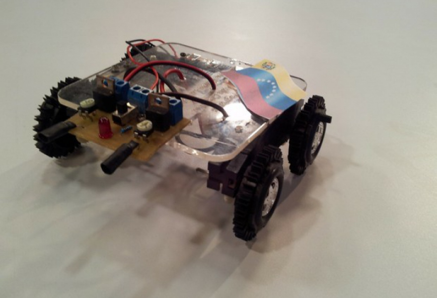 One of the robots (VTV)