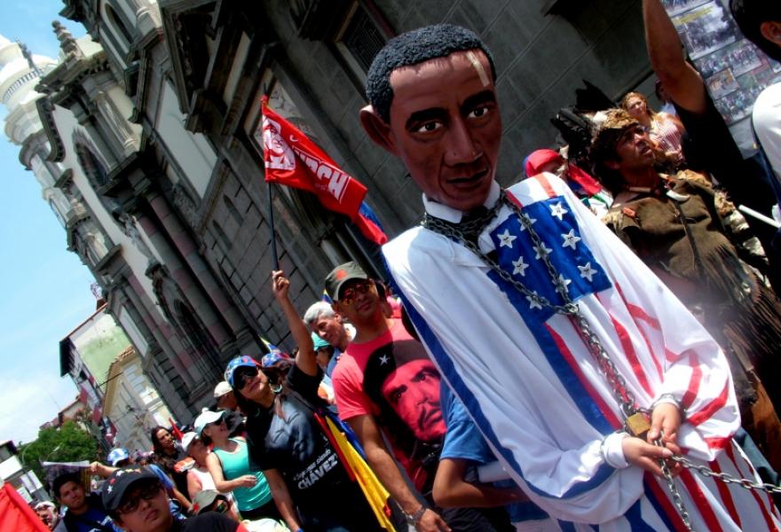 Chavista marching in Merida on the 25th anniversary of the Caracazo. (Tamara Pearson/Venezuelanalysis)