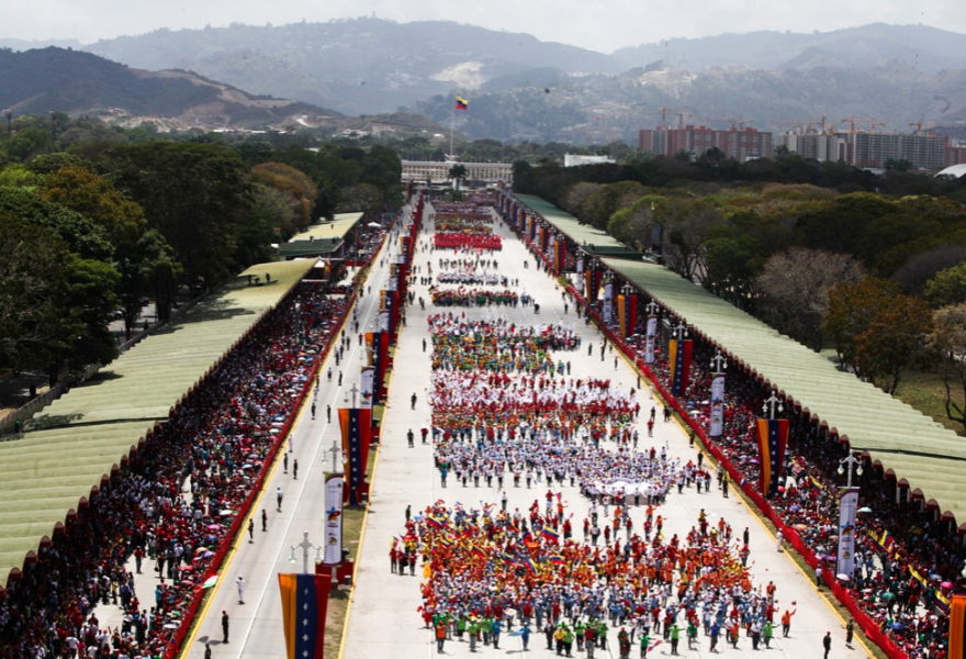The civil – military procession on Heroes Avenue in Caracas today (Prensa Presidencial / AVN)