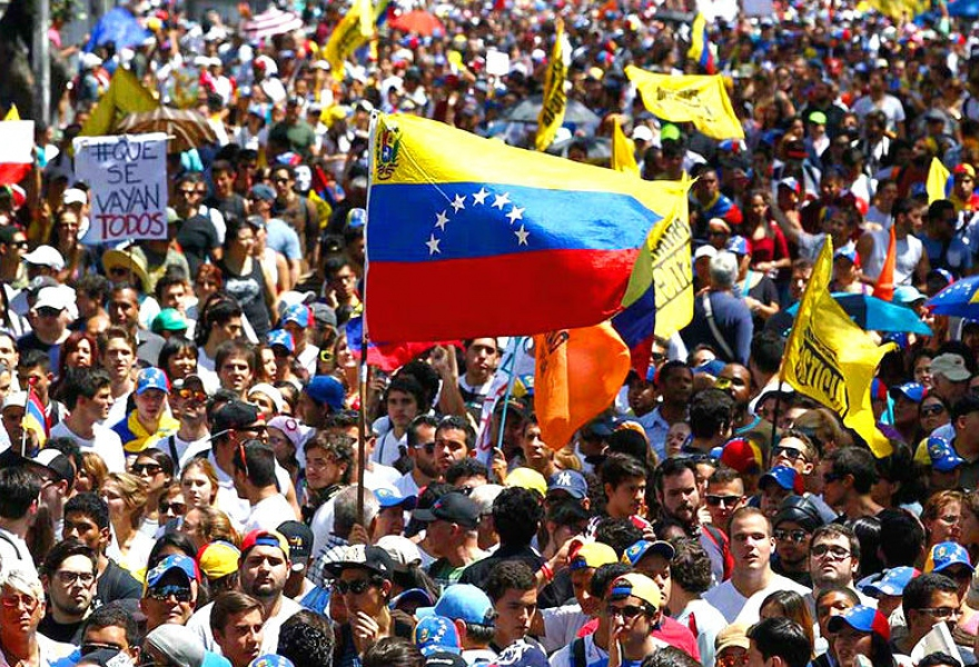"""The opposition marched on the same day, and refused to meet with the government unless """"conditions"""" were met. Other leaders demanded Maduro's resignation (agencies)"""