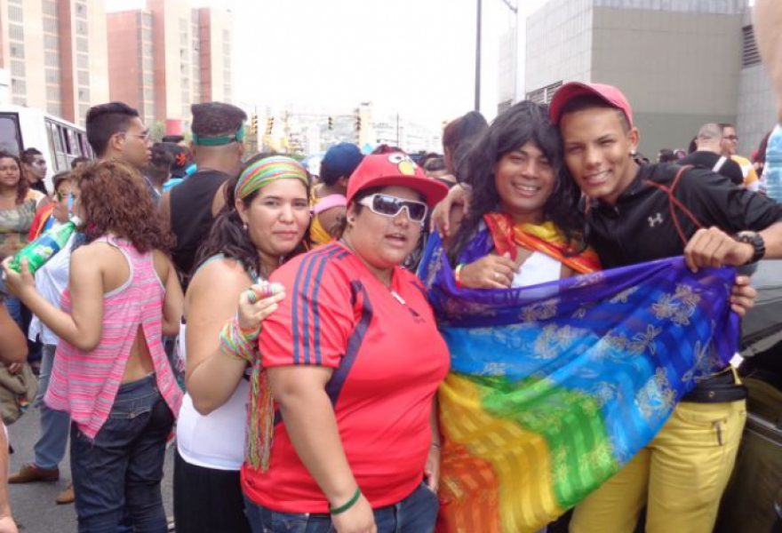 June 29, Pride street party in Caracas. (Arlene Eisen/Venezuelanalysis)