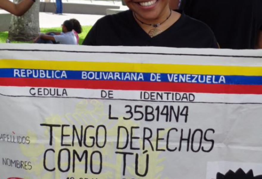 June 28, poster protests discrimination against lesbians who cannot legally marry. (Arlene Eisen/Venezuelanalysis)