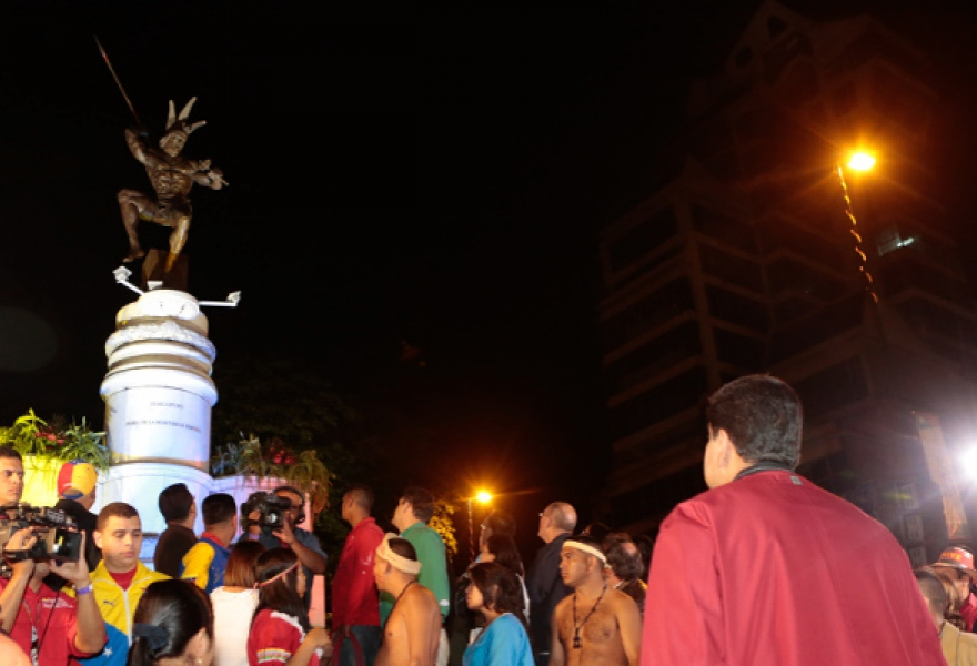 Venezuelan president Maduro was present at the unveiling of the new statue (Correo del Orinoco)